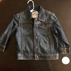 NWT super cute Gymboree 2T/3T jean jacket